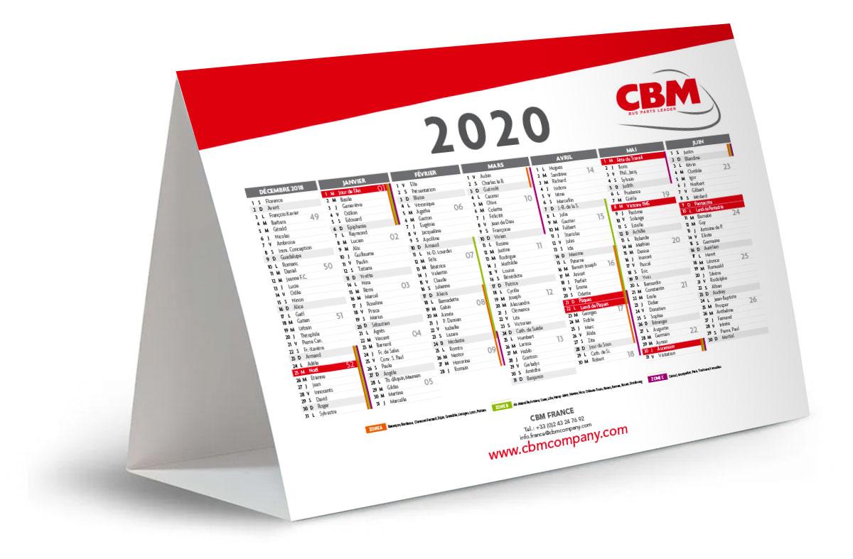 Infographiste indépendant, création et mise en page communication pour calendrier chevalet
