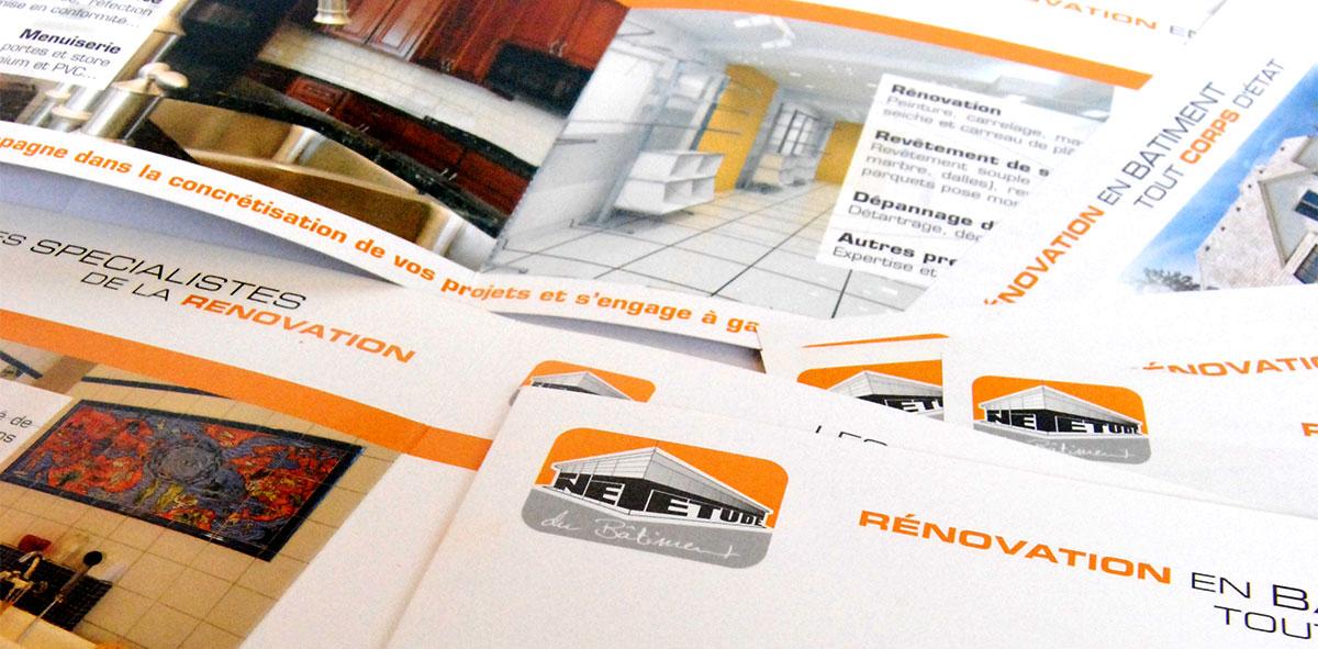 Infographiste indépendant, création et mise en page de plaquettes commerciales dépliant 2 volets rénovation
