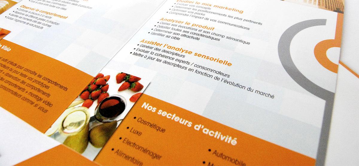 Infographiste indépendant, création et mise en page de plaquettes commerciales dépliant 2 volets études et analyses