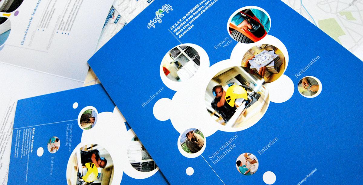 Infographiste indépendant, création et mise en page de plaquettes commerciales dépliant 3 volets espace vert